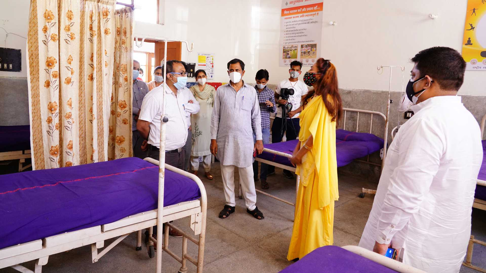Covid-19 help with oxygen concentrator in Banyani Village in Rohtak Haryana